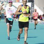 Jak już udało mi się cieszyć z finiszu, to jestem na zdjęciu niewyraźny ;) / fot. Marathon-Photos.com