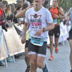 Tak wyglądałem po JEBUT biegnąc w tempie 4:00-4:10 / fot. Marathon-Photos.com