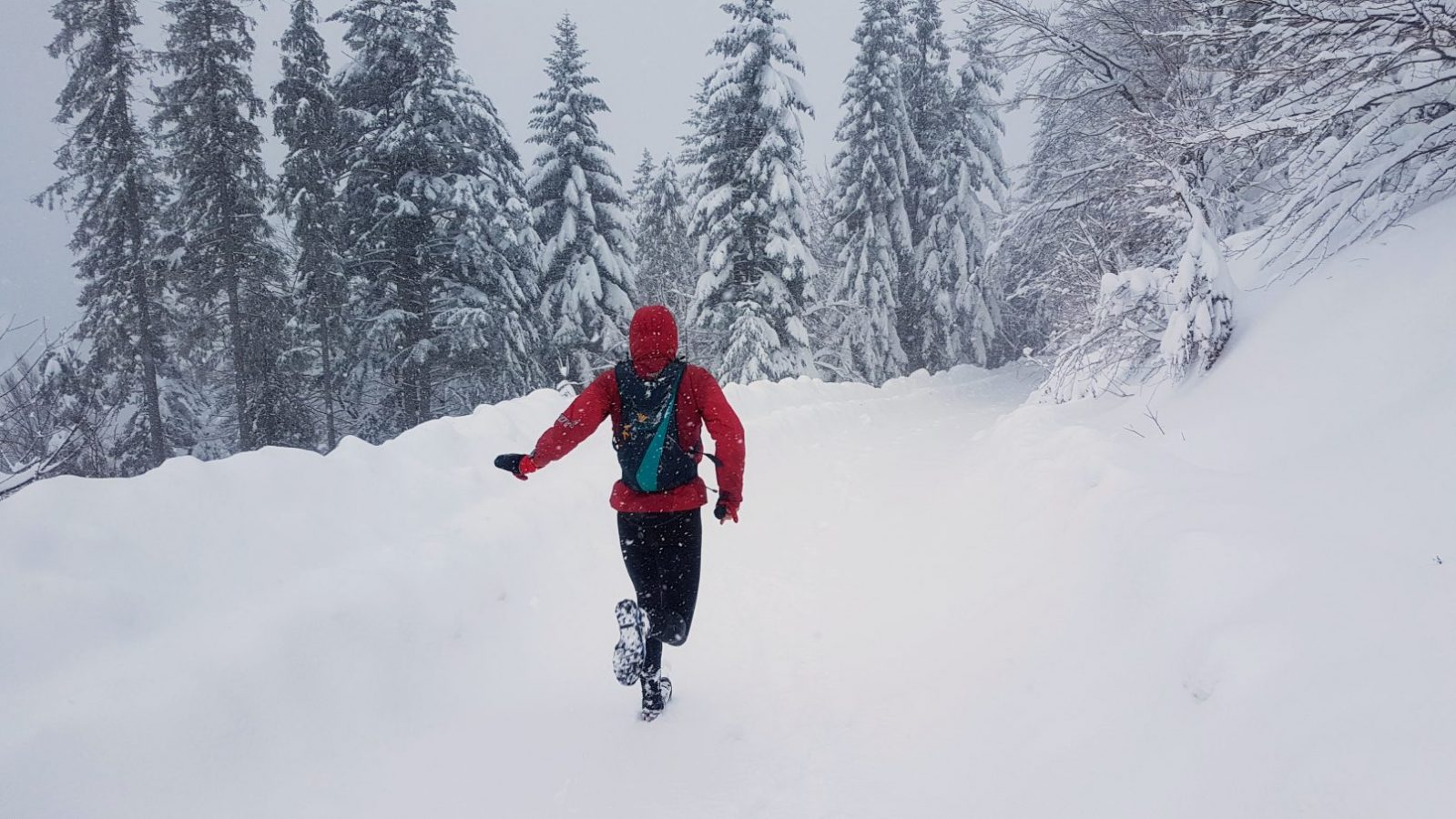 656d909975524 Ten z paroma rzeczami na zimowe bieganie (i nie tylko) | Biec Dalej ...